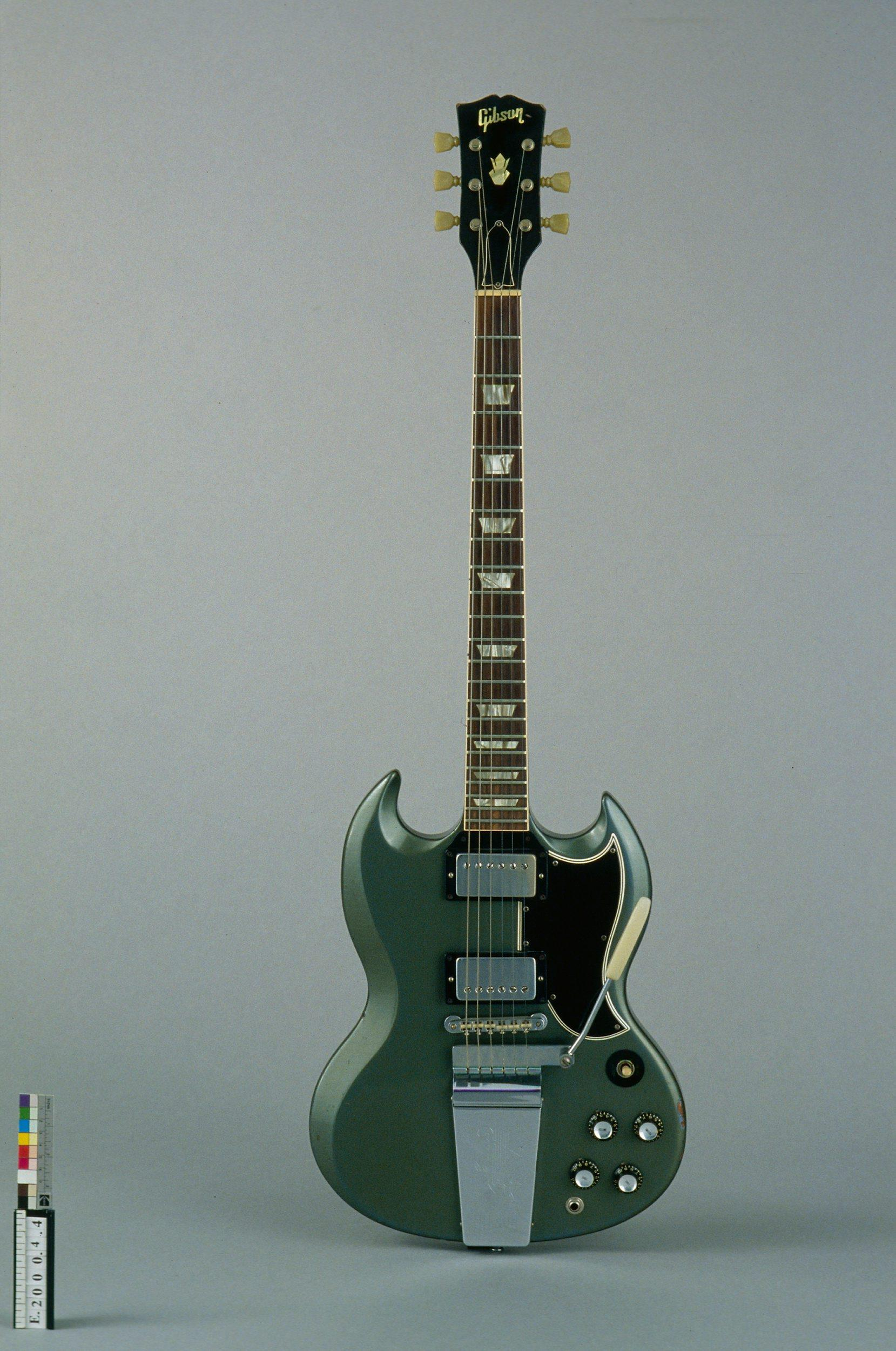 "Guitare électrique ""solid body"" 