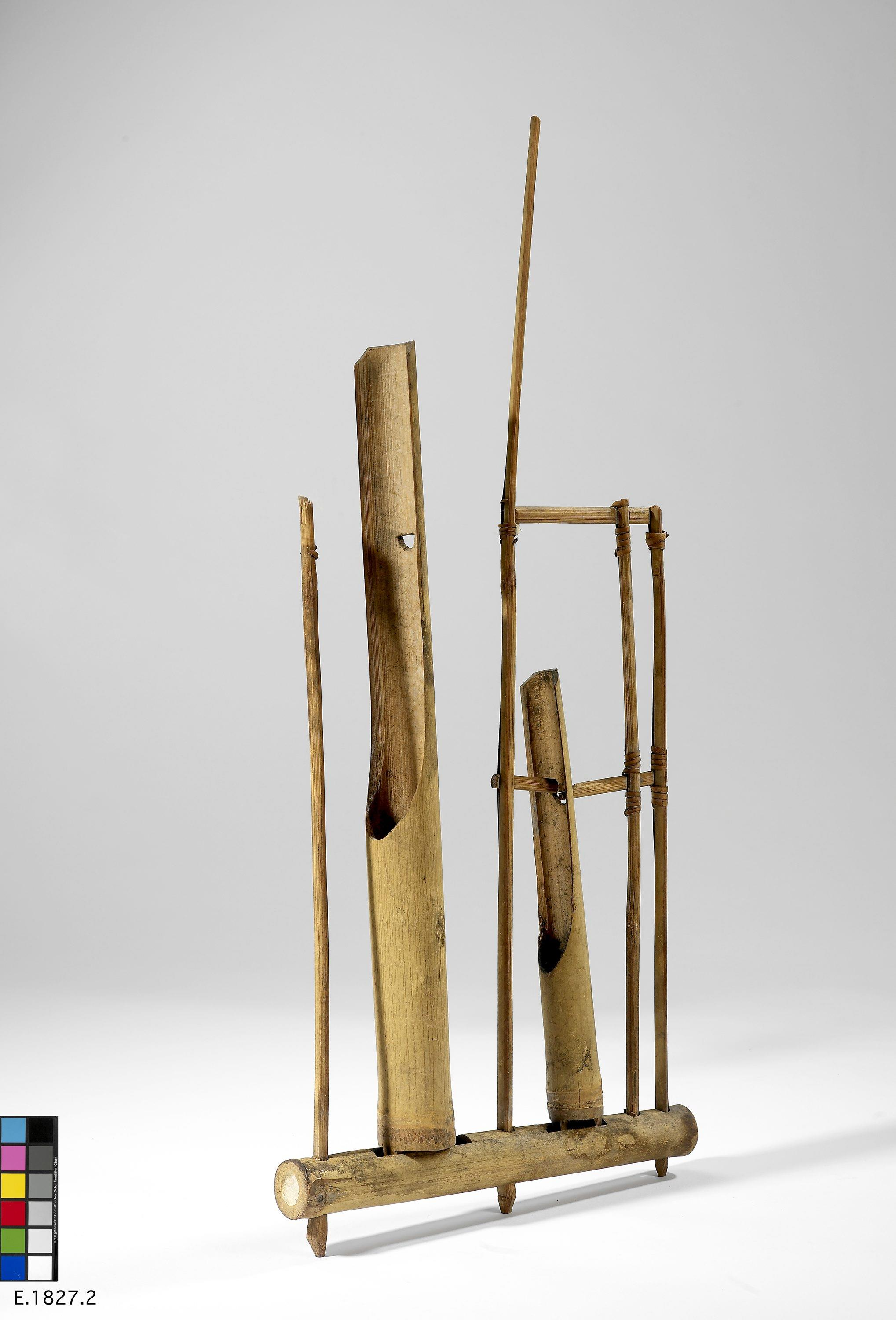 Angklung   Anonyme