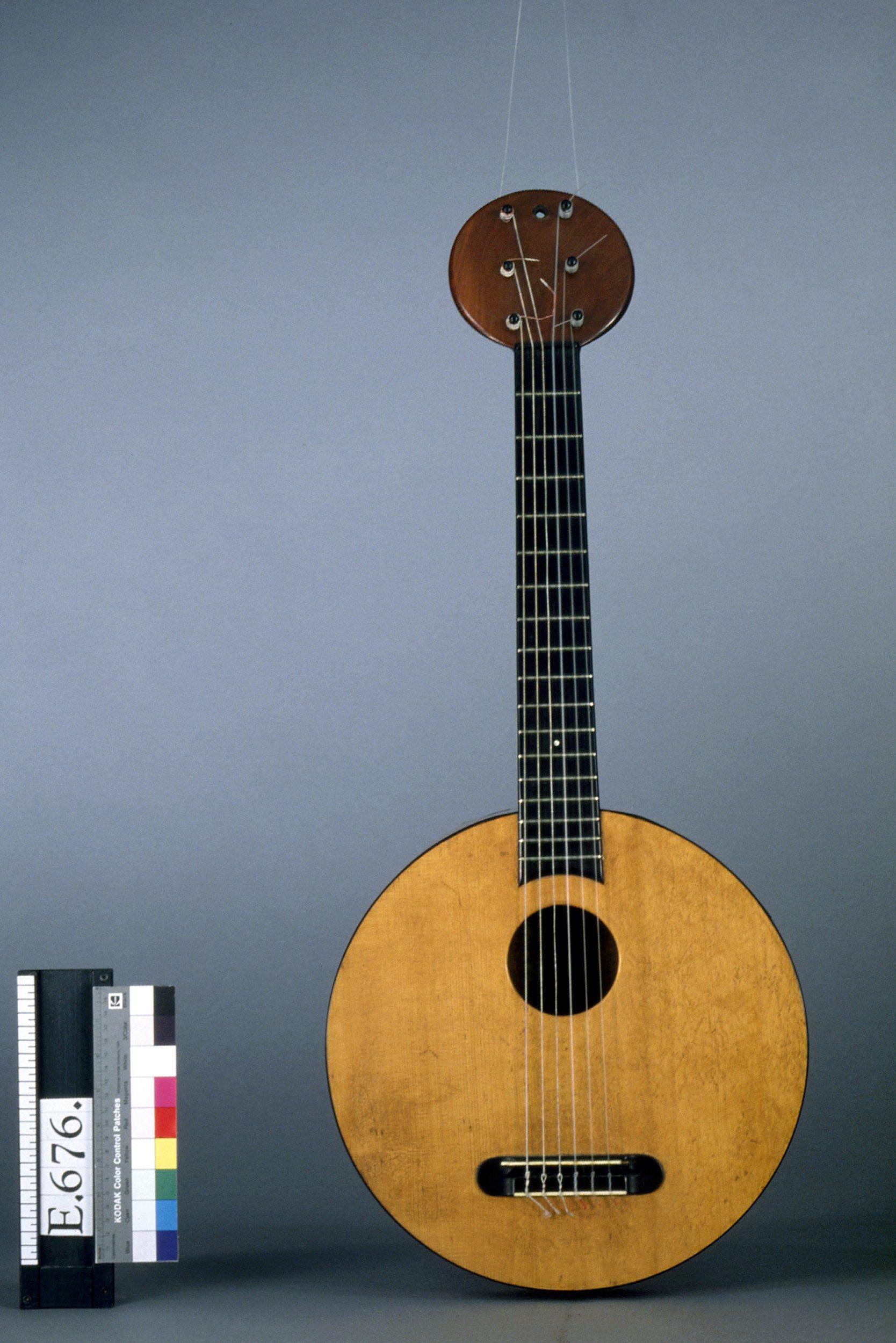 guitare ronde nom