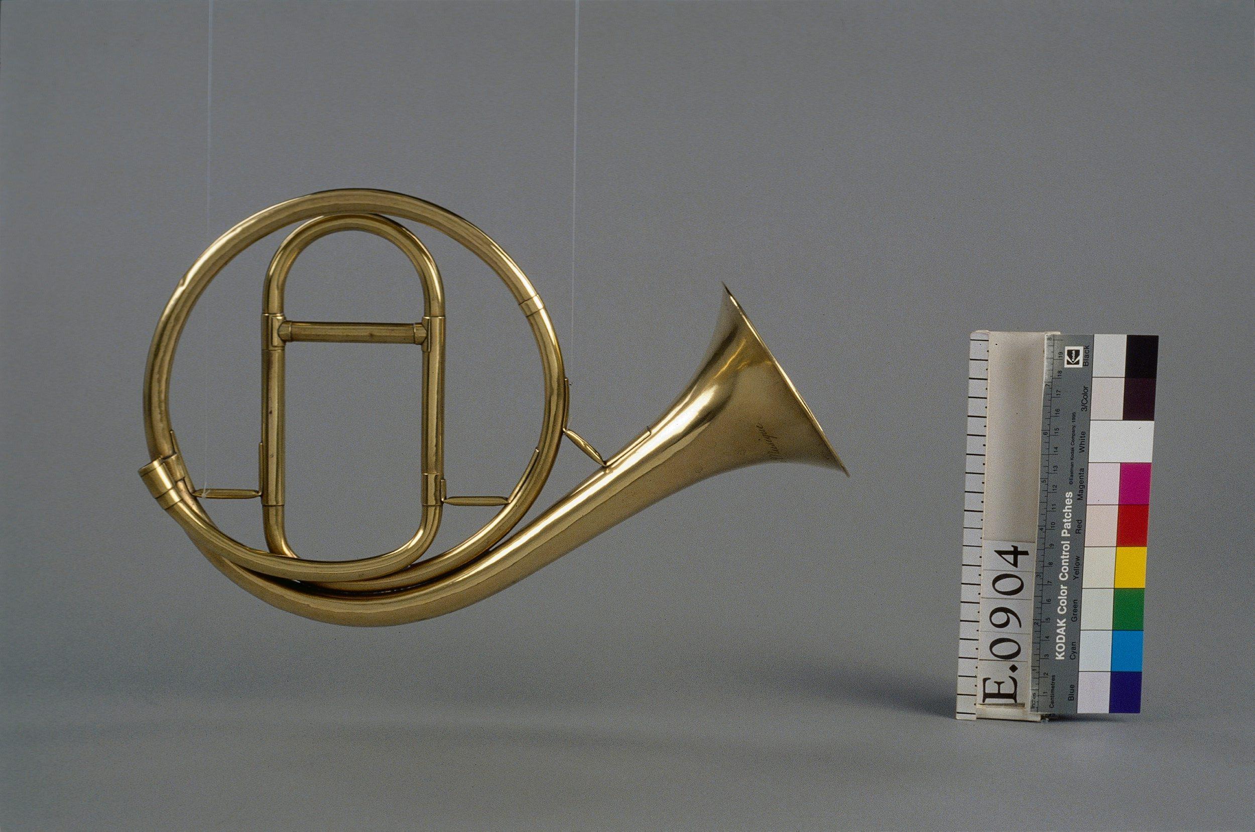 Trompette naturelle circulaire | Lucien-Joseph Raoux