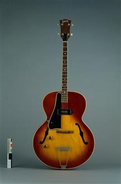 Guitare électrique modèle ETG-150   Gibson