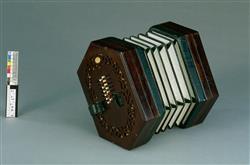 Bass concertina   Charles Wheatstone