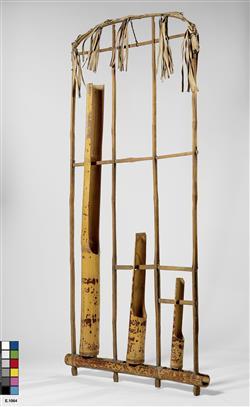 "Bambous oscillants ""angklung"" | Anonyme"