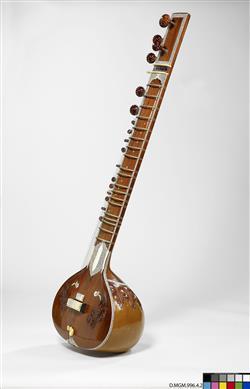 "Luth ""sitar"" | Radha Krishna Sharma and Co"