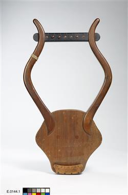 Reconstitution de lyra antique   Auguste Tolbecque
