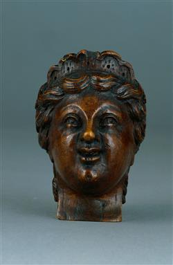 Tête sculptée de basse de viole | Anonyme