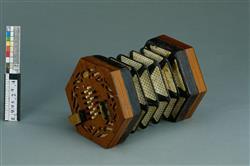 Treble concertina | Lachenal et Cie