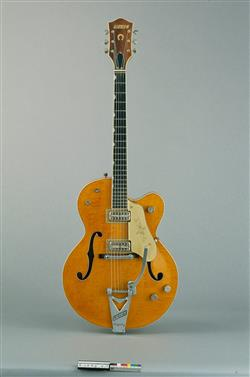 Guitare électrique modèle 6120 Chet Atkins