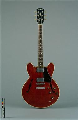 Guitare électrique modèle R 2 | Jacobacci Frères